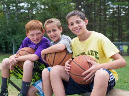 basketball-boys-friends